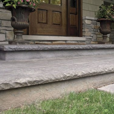 Cantilevered Cut Stone Step Liner 2 1/2″